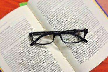 25 Best Business Books Every Entrepreneur Should Read