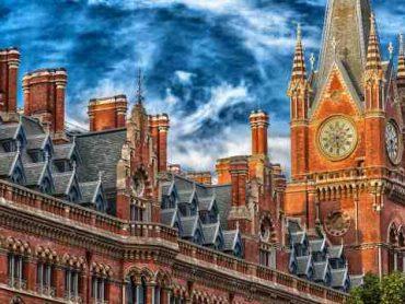 10 Best Business Schools in UK 2017