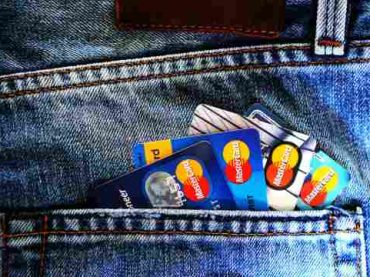 Money Saving Hacks: 7 Ways To Maximize Your Credit Card Benefits