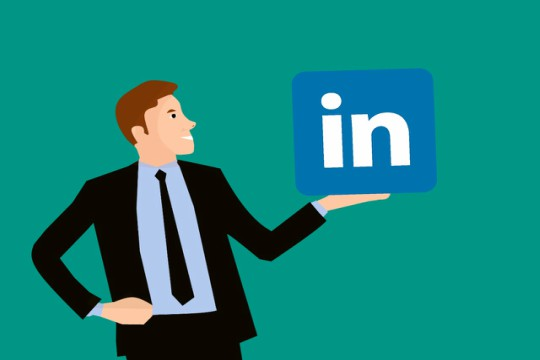 How to Incorporate LinkedIn Advertising with your Marketing Strategy