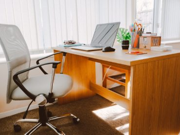 6 Ways Office Furniture Increases Employee Productivity