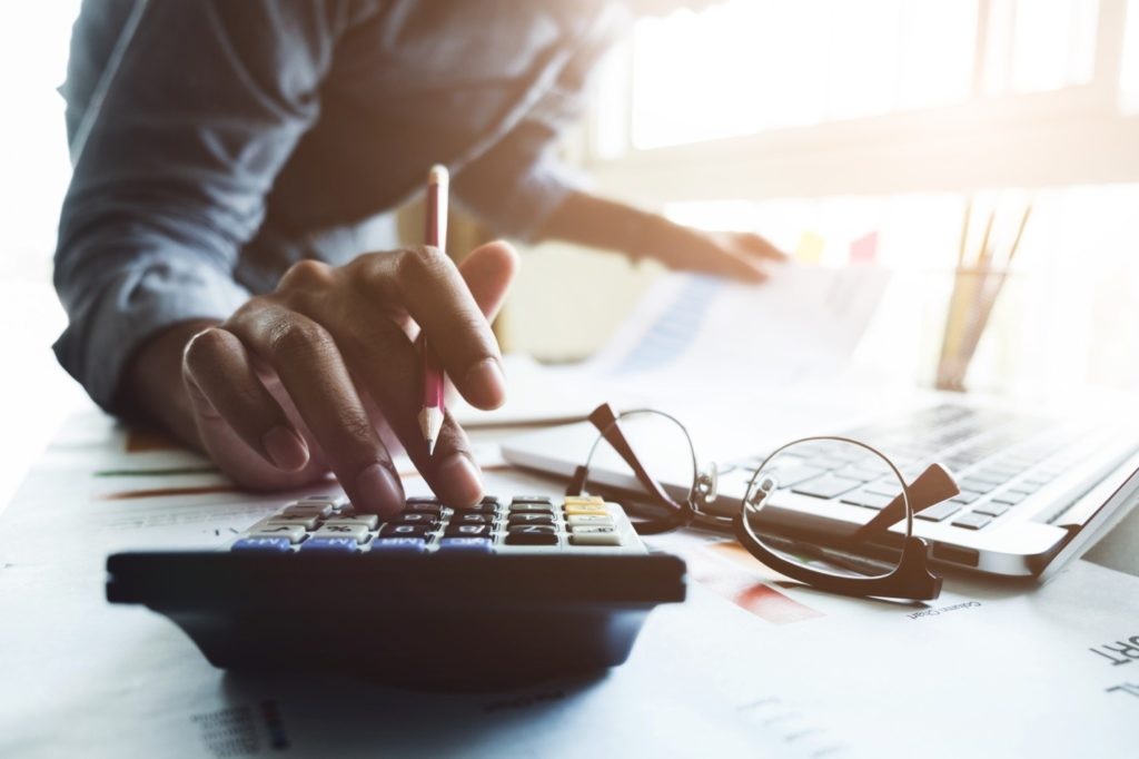 keep track of your personal expenses and finances