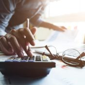 A Guide on How to Keep Track of Your Personal Expenses and Finances