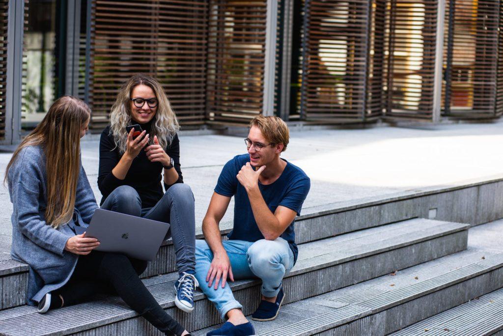 8 Creative Ways of Saving Money for Younger Millennials