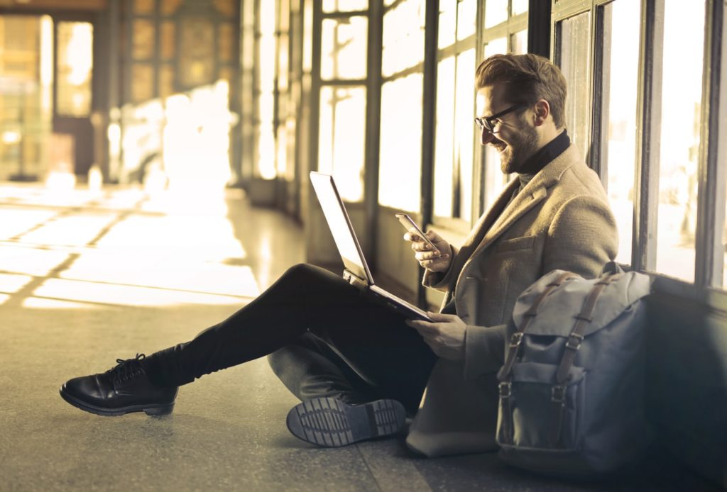 3 Must-Have Items To Pack in Your Business Travel