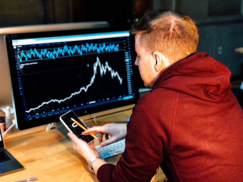 Top Tips for Businesses Trading Forex