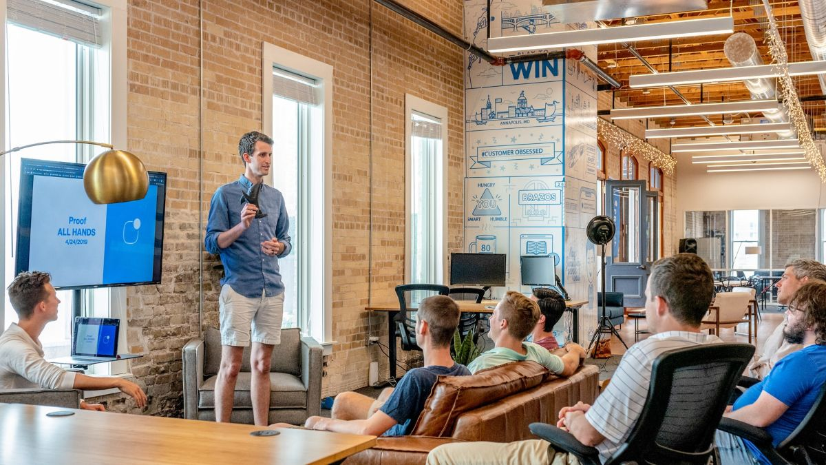 How to keep your company culture after moving to a coworking space 2