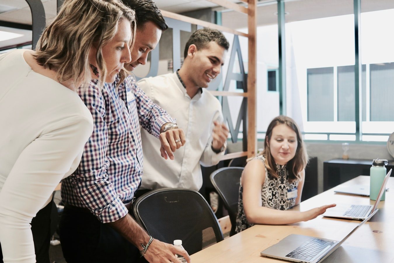 7 Ways to Build a Healthy Work Relationship With Your Employees