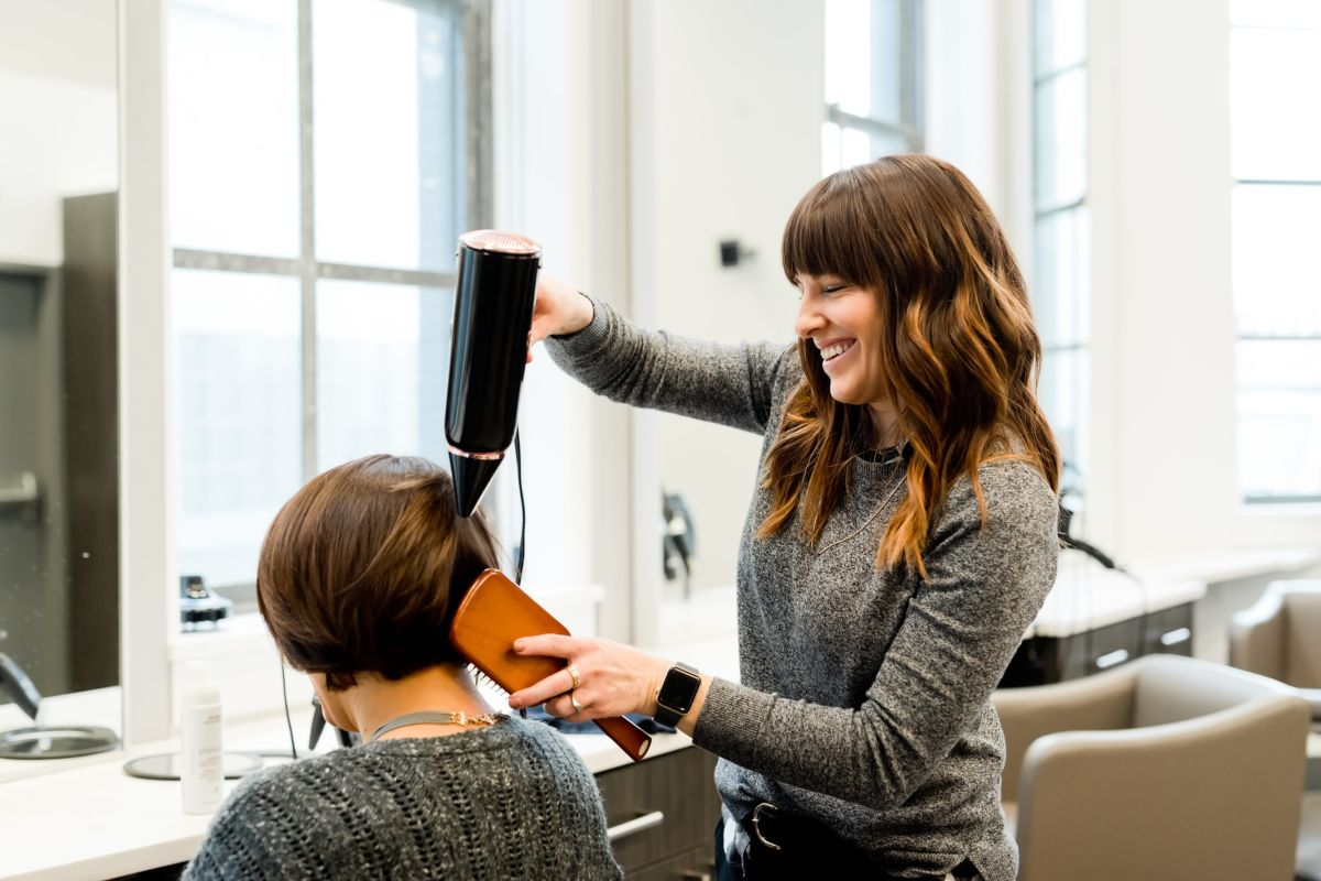 Beauty Salon Business Ideas For Housewives