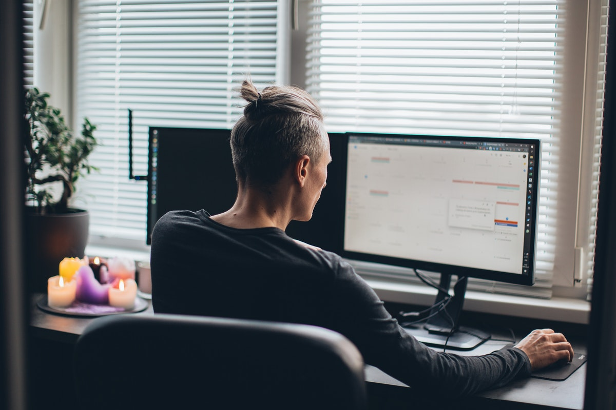 How To Beat Distractions While Working From Home
